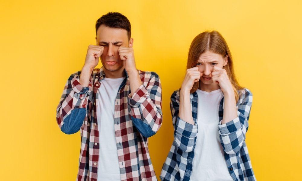 significado-de-sonhar-com-ex-namorado-chorando